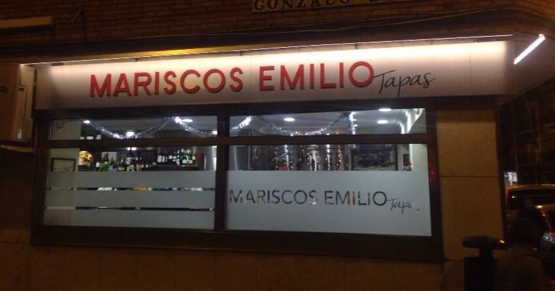 Fachada Mariscos Emilio Tapas
